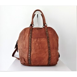 Convertible tan leather handbag to backpack or crossbody bag Jarah