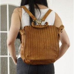 Convertible tan leather backpack to crossbody bag Liat