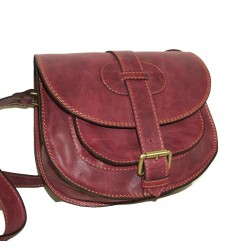 Leather saddle bag Goldmann S in cherry red shoulder crossbody purse